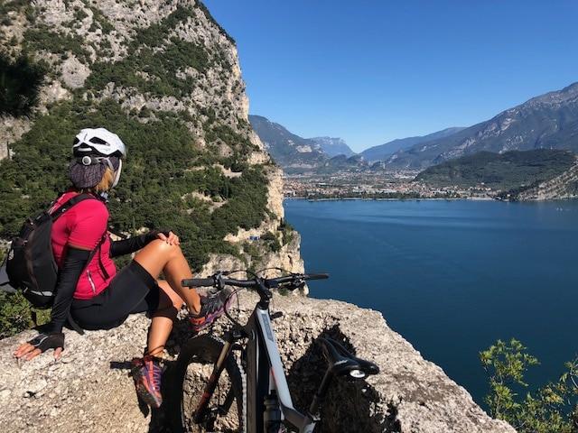 Sulla Ponale in e-bike: da Riva del Garda fino a Pregasina